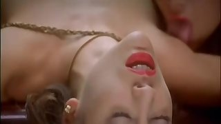 Embrace of the Vampire (1995) - Threesome
