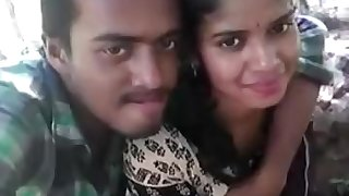 Indian Laila Majnu Lovers having Fun in Park Kissing