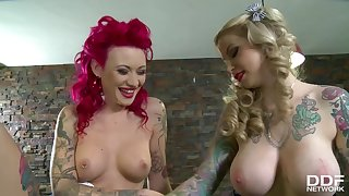 Tattooed billiard babes Becky Holt & Belle Black lick their high heels