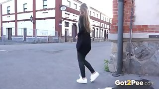 Super full bladder girl takes a huge piss out